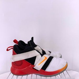 Nike LeBron Soldier 12 Basketball Shoes Size 1y